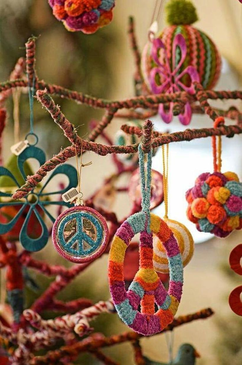 A beautiful ornament for bohemian home decorating with wishbone ornaments arrange beautiful hand-painted wishbones that hang them around the house to keep these beautiful little wishbones playing all year long.
