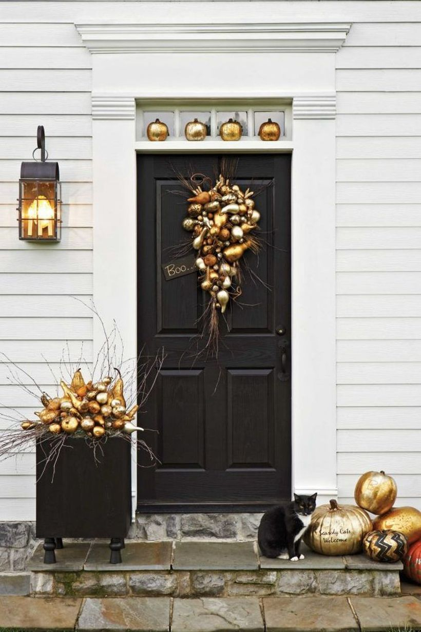 Gilded pumpkins door