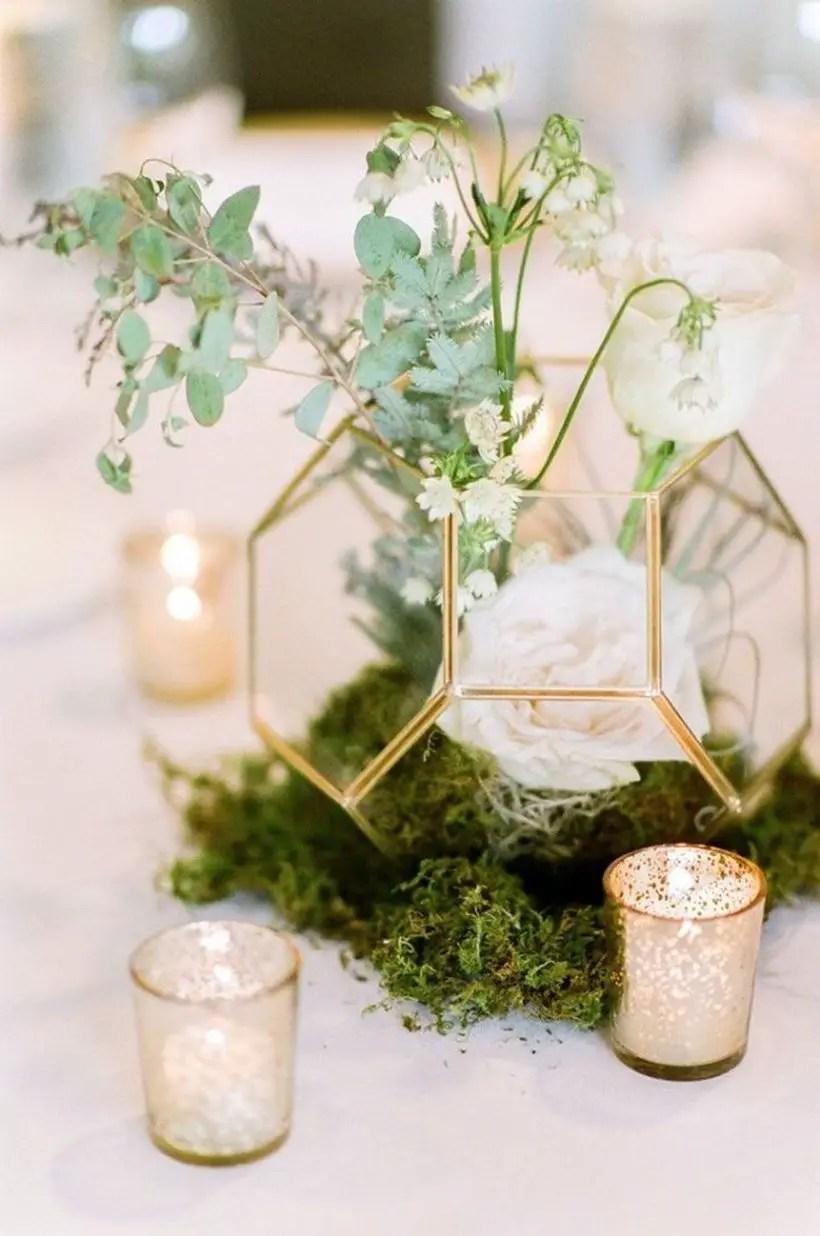 Stylish industrial geometric wedding decoration with metallic geometric terrarium to look beauty