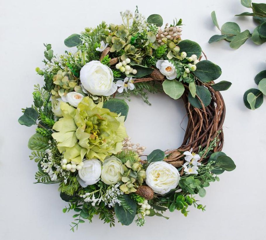 An inspiered front door wreath with floral, white rose to create beautify for your door