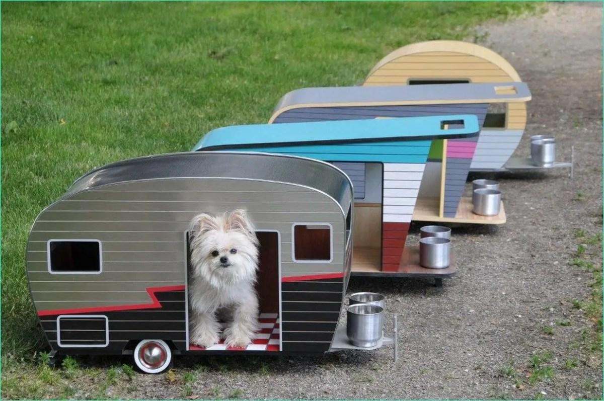 Mini bus shaped dog house