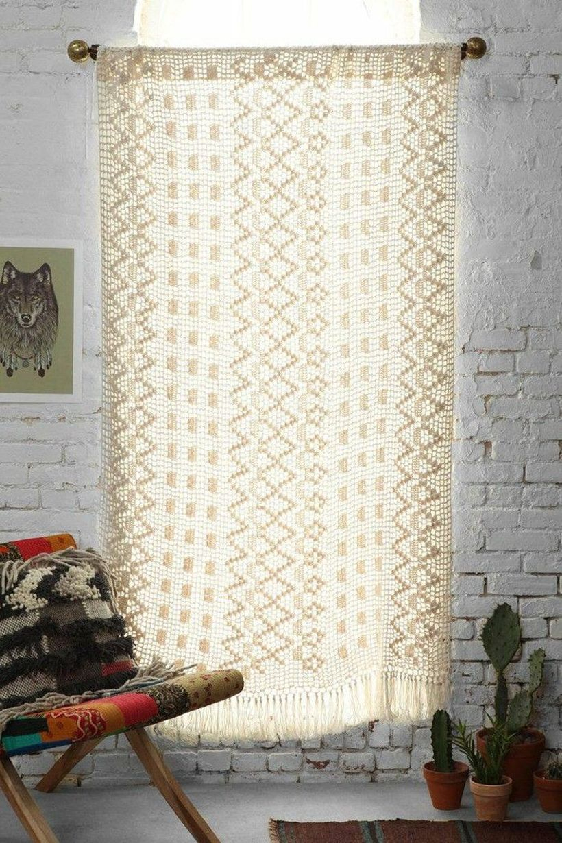 Square knit curtain