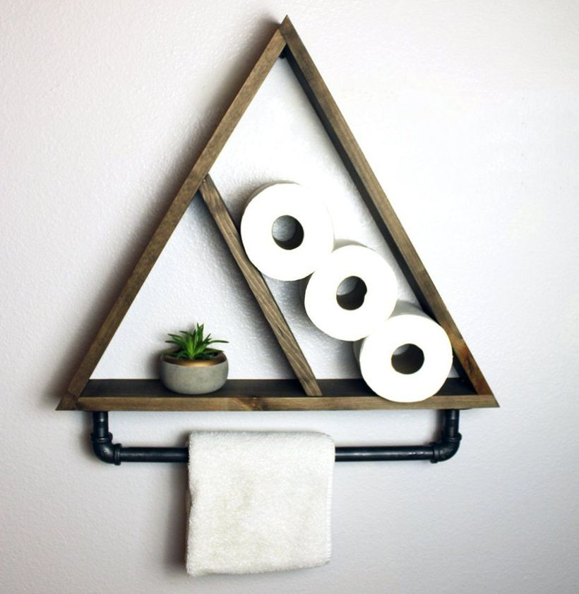 Wooden hanging rack triangular