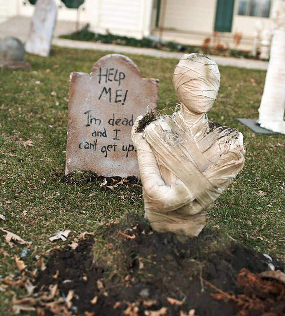 An awesome outdoor decorating with halloween mummy madness to make your spooky outdoor decoration in this halloween