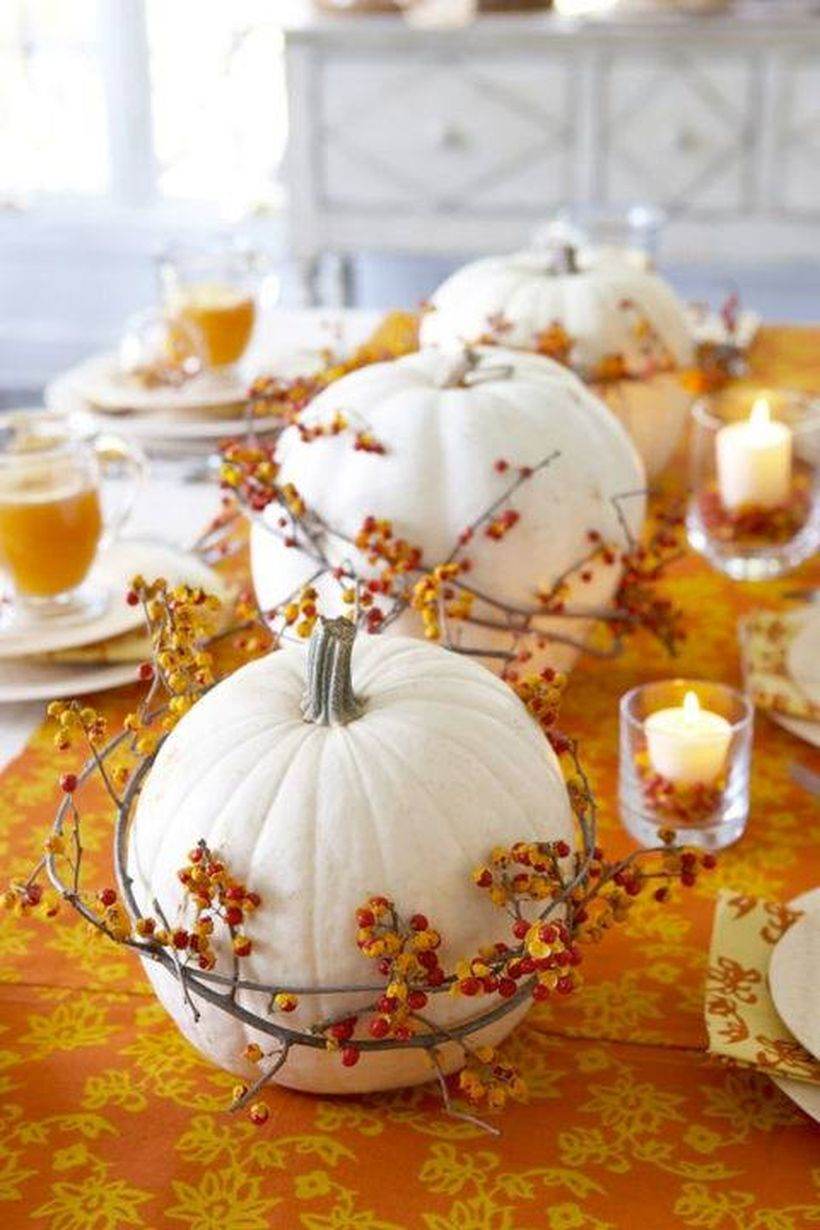 Big-white-pumpkin-and-natural-thanksgiving-tablescapes.-