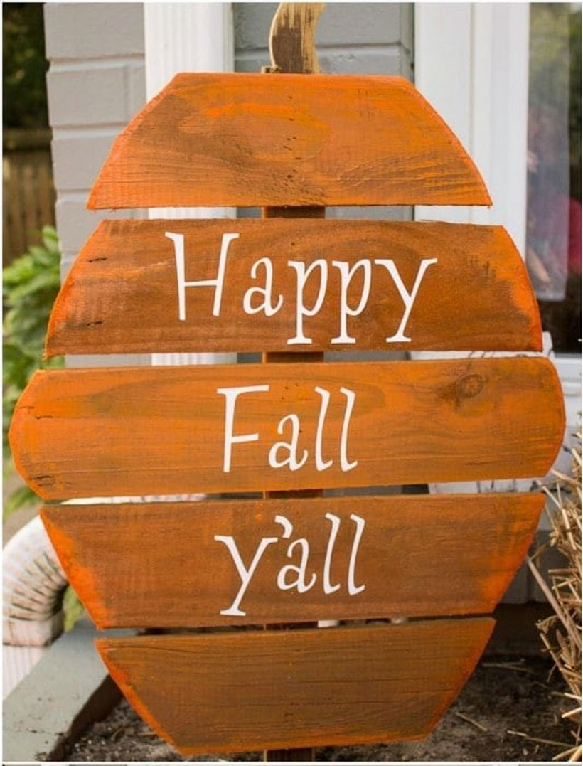 Pumpkin-shaped orange wooden pallet board sentences for your outdoor decorating ideas