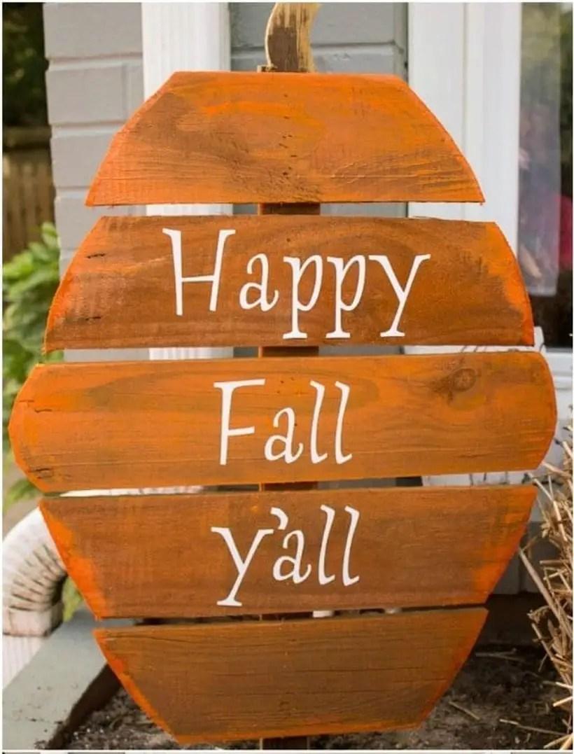 Pumpkin-shaped orange wooden pallet board sentences for your outdoor decorating ideas