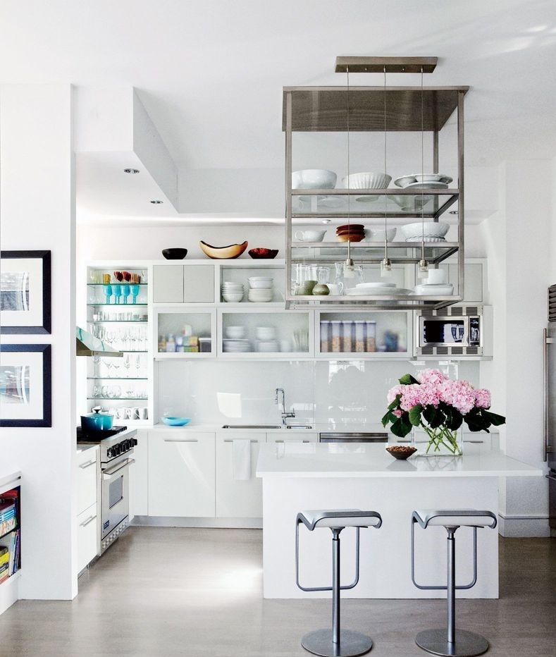Shelves on the ciling to complete your kitchen