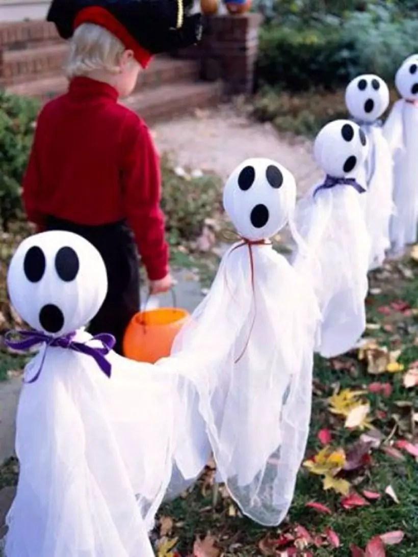 Casper arrangement for decoration outdoor halloween