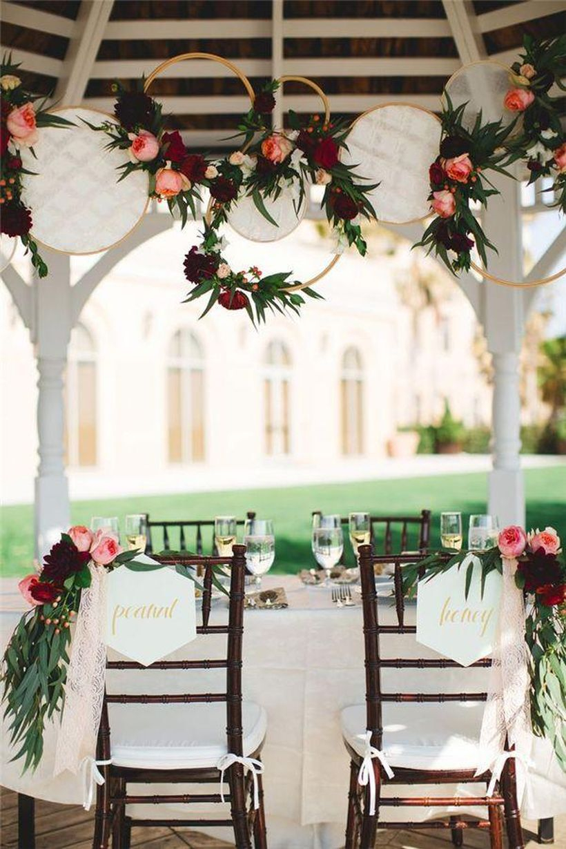 White embroidery hoops boho wedding decor ideas