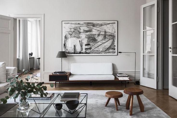 An-amazing-painting-for-your-home-decoration-with-modern-painting-its-a-great-way-to-experiment-in-a-living-room-or-bedroom-with-edgy-hues-for-a-more-dynamic-look.
