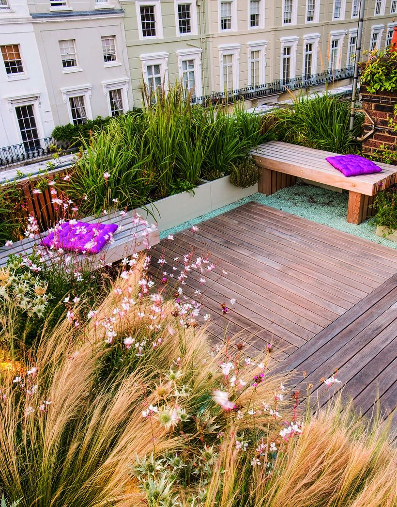 Rooftop-inspiration-for-your-home-can-be-by-using-a-wooden-pallet-floor-and-planted-with-grennery-to-filter-out-the-dust-and-beautify-your-rooftop