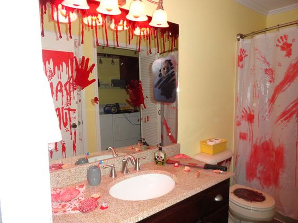 10 Modern Halloween Bathroom Decoration Ideas