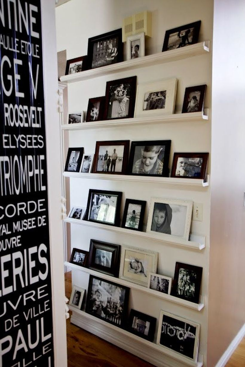 15-ideas-to-display-your-family-photos-at-home-1