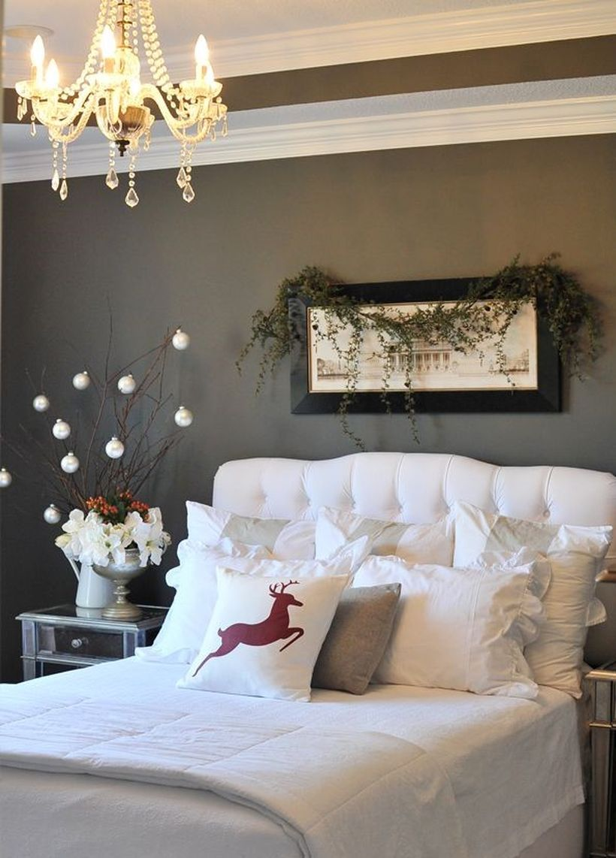 5.-red-reindeer-pillows