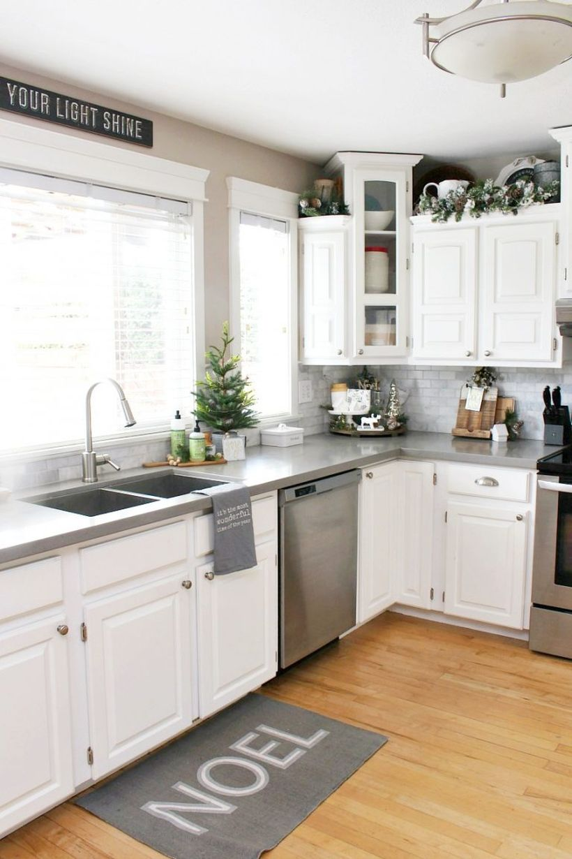 Kitchen-christmas-decorations-9-768x1152-1
