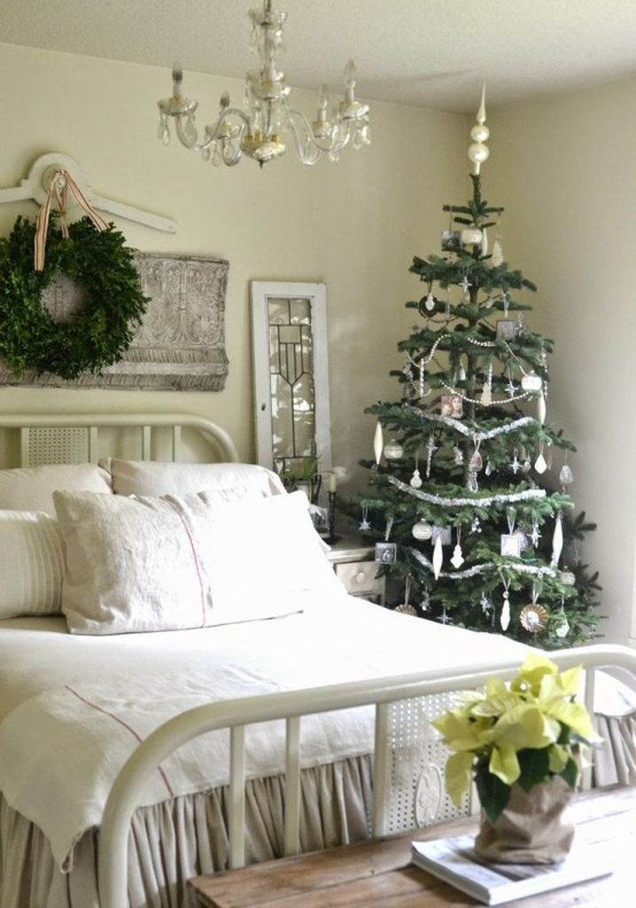 Neutral bedroom with christmas tree