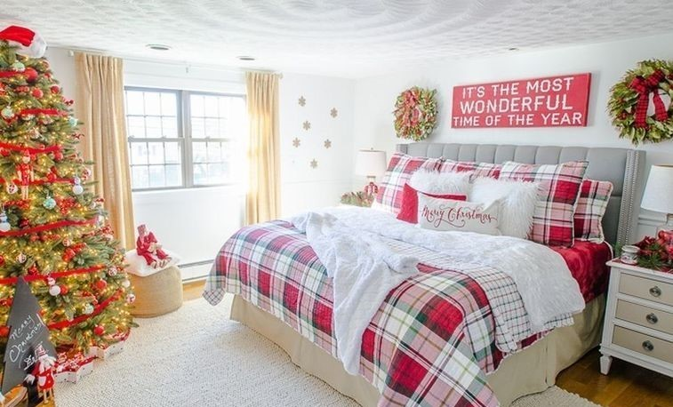 Simple-christmas-bedroom-decoration-ideas-28
