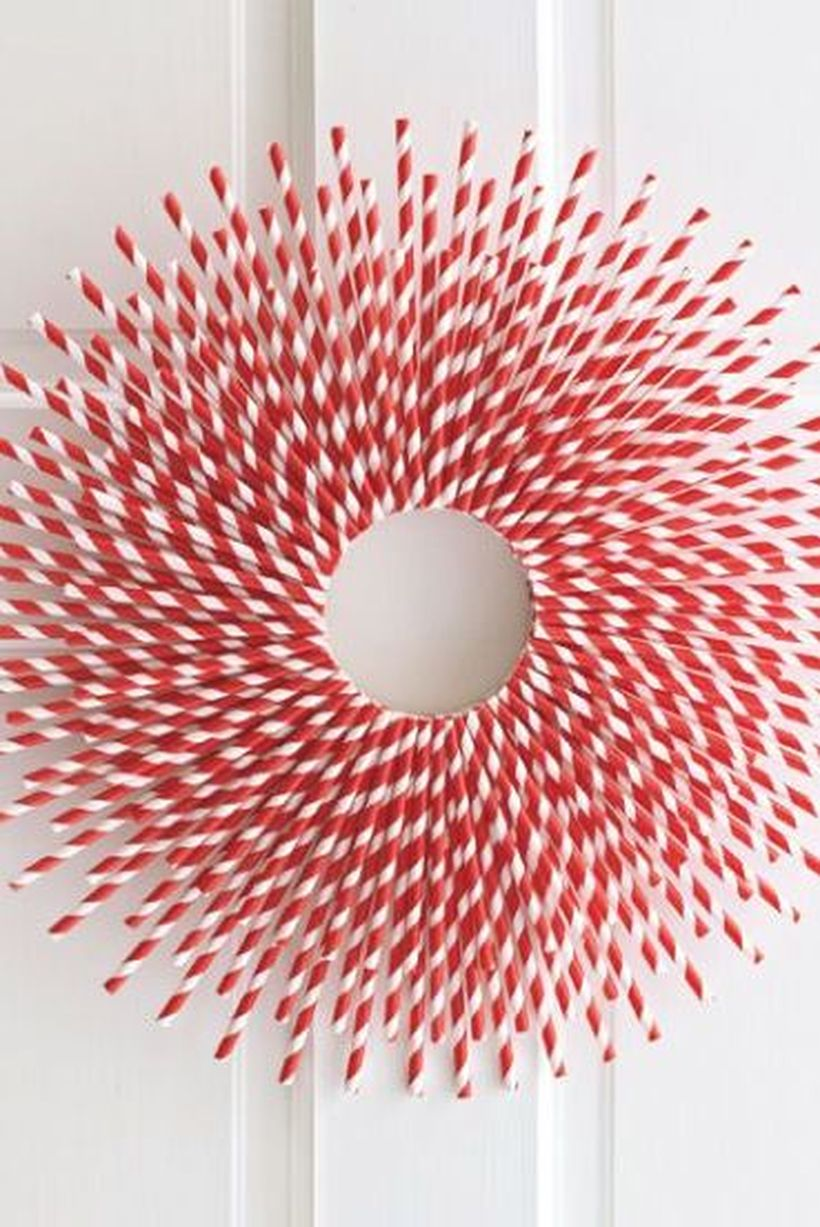 Christmas-diy-decor-straw-burst-1571762085
