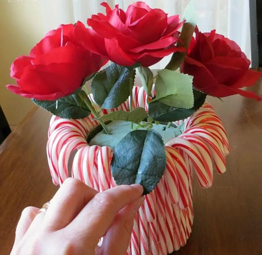 1candy-cane-flower-arrangement94