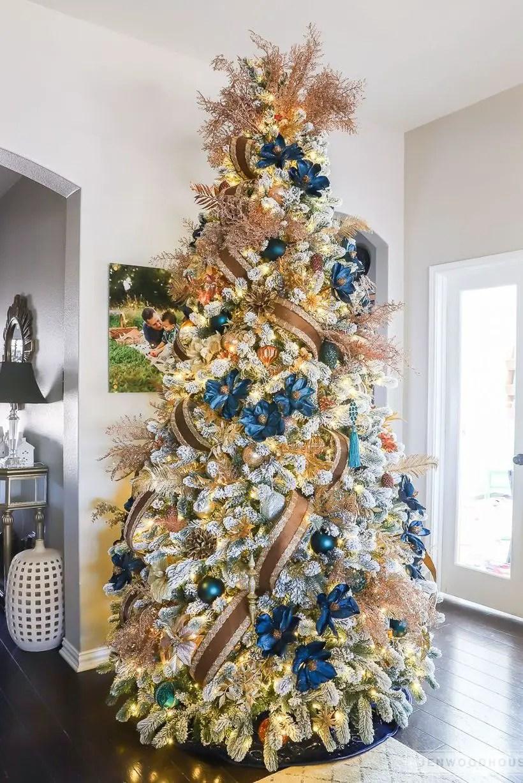1christmas-tree-decor-1-1572897208