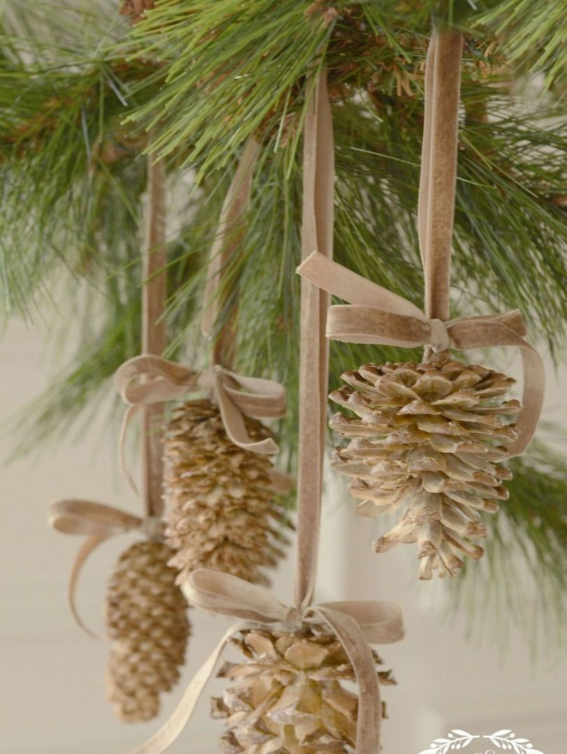 2gallery-1478880812-pinecone-ornament-1