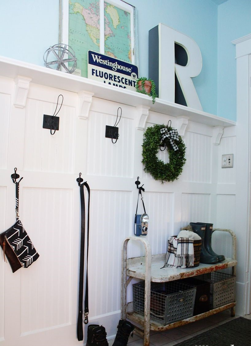 2mudroom-entryway-makeover-diy-9-1