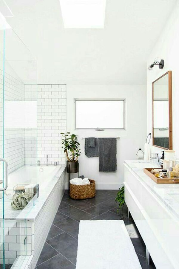 1-white-dream-farmhouse-bathroom-1