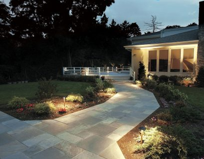 2-eastchester-landscape-lighting-1