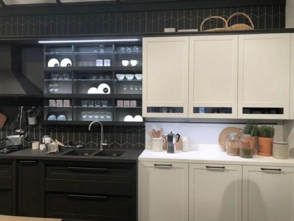 3-black-and-white-kitchen-cabinet-design