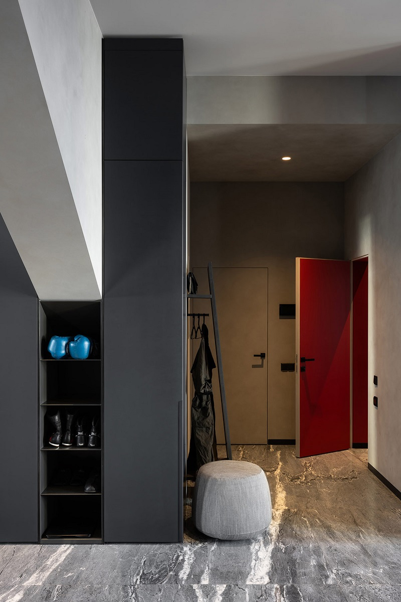 Fabulous bachelor apartment with a home gym that so masculine 5
