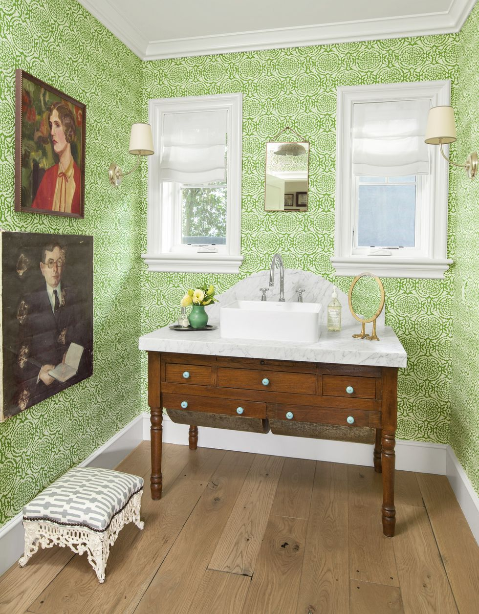 Fresh green finishes Vitalizing Half Bathroom Ideas That Refreshing Your Half Space In A Right Way