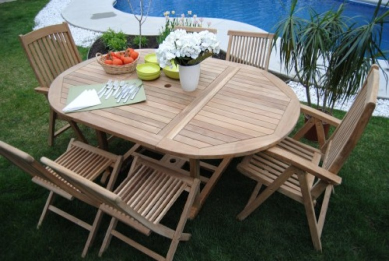 Round-table-patio-e1422912663997
