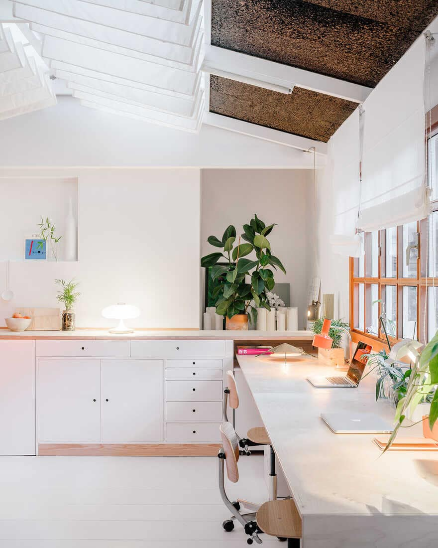 This simple house has an awesome interior that everyone will love 4