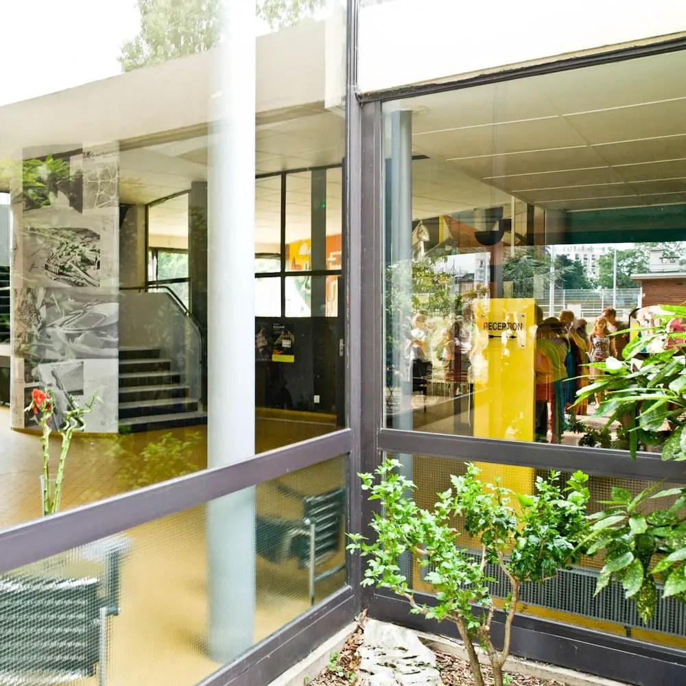 Le-corbusier-france-paris-pavilion-suisse-03-samuel-ludwig