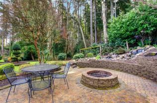 Back-patio-with-fire-pit-1