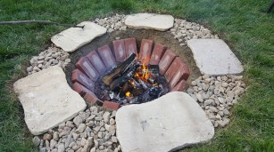Diy-sunken-firepit-idea