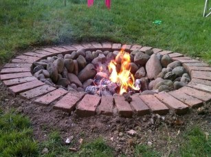 Homemade-outdoor-fire-pit-ideas-simple