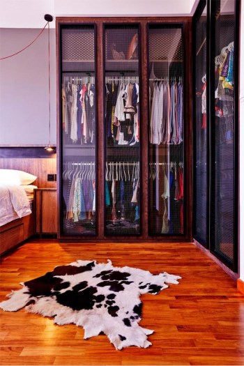 15-ways-to-design-a-space-saving-wardrobe-for-your-singapore-home_0