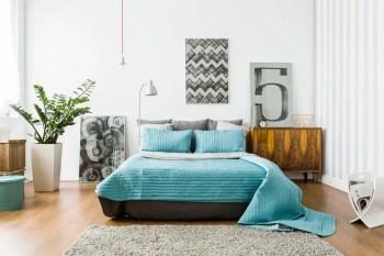Interior-of-cozy-bedroom-in-modern-design-1