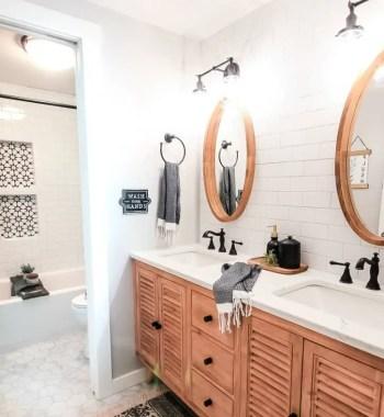 At_modern-farmhouse-bathroom-reveal-with-boho-vibes-2-2