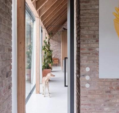 House-v-slovakia-architecture-interiors-martin-skocek_dezeen_hero-1-1536x864-1