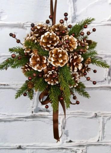 02-diy-pine-cone-crafts-ideas-homebnc-v2_edited