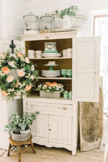 02-rustic-farmhouse-spring-decor-ideas-homebnc