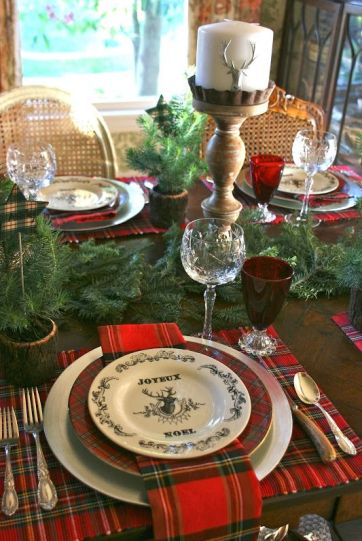 04-plaid-mats-and-plates-an-evergreen-garland-deer-candles-red-glasses-for-a-traditional-feel