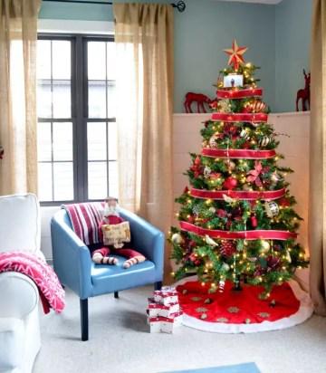 08-christmas-tree-decoration-ideas-homebnc