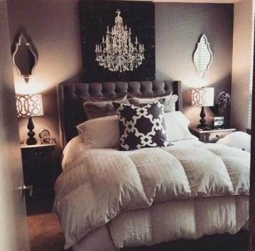 1 09-grey-bedroom-ideas-homebnc