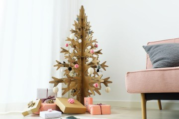 1 cardboard-christmas-tree-pantone-canvas-gallery
