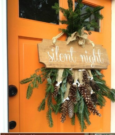 1-silent-night-door-wreath