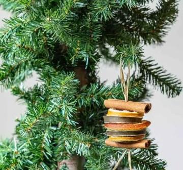 1 sliced-fruit-ornament